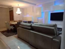 8403 | Apartamento à venda com 3 quartos em MARINGÁ