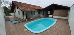 Linda casa com 3 dormitórios, sendo 1 suíte com closet no bairro da Velha.