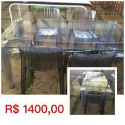 Mesa tampo de vidro com 6 cadeiras 2 metros de comprimento