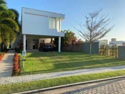 Alphaville Fortaleza, 340m2, 4 Suítes, Gabinete, 4 Vagas de Garagem