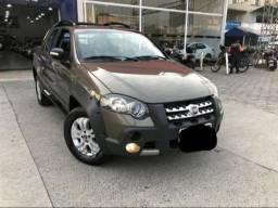 Fiat Strada Adventure 1.8 (Cabine Dupla)