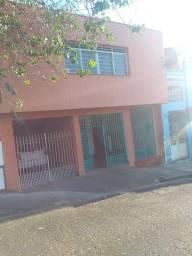 Alugo casa no centro da cidade de Limeira SP