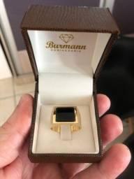 Título do anúncio: Anel Ouro 18K Com Pedra Onix Peso 11.5 gr. Feito Na Burmann Ourivesaria.