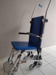 Cadeira acessibilidade por escadas