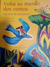 Livro: Volta ao mundo dos contos as asas de um pássaro