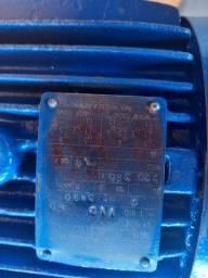 Vendo motor de 5 CV WEG alta rotação