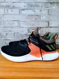 Tênis Adidas bounce 44 original usado
