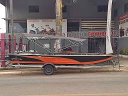 Título do anúncio: Barco de Alumínio 6 metros Novo