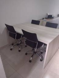 Mesa de reunião grande semi nova