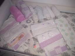Lençóis, fronhas e mantas para berço