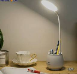 Luminária de mesa led.
