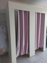 Provador duplo loja de roupa