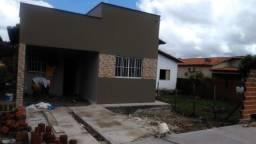 vende-se casa prestação $ 400,00 86 9  *