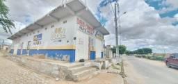 Prédio Comercial com 150 m² na avenida principal de acesso ao bairro Monte Castelo