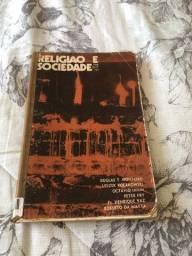 Livro de antropologia ?religião e sociedade?