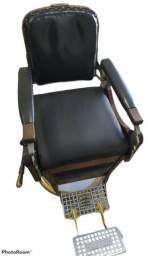Cadeira antiga para barbearia