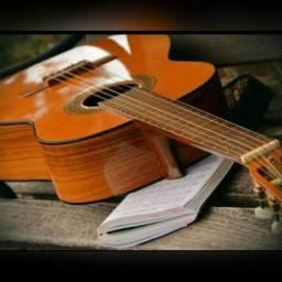 Título do anúncio: Professor de violão Popular (Aluna a  Domicilio)