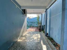 Título do anúncio: Linda Casa no Planalto com 3 Quartos para Alugar por 3.500/mes