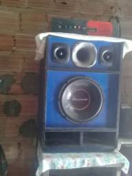 Caixa do som com aparelho