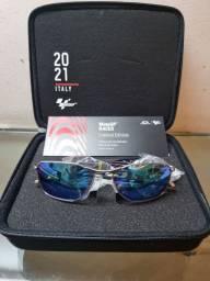 Título do anúncio: Óculos Oakley Savitar Edição Limitada MotoGP Itália