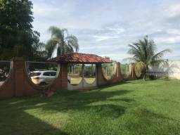 Vendo Lindo Rancho na orla do Tietê em Barra Bonita!