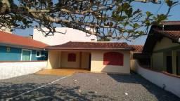 Aluga-se casa em Itapema do Norte - Itapoá