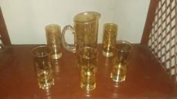 Tacas e conjunto de copos
