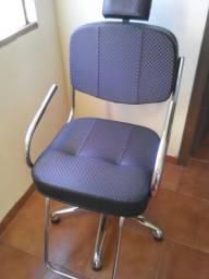 Cadeira de cabeleireiro / Poltrona de salão