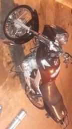 Tita ESD 150 Zera bem tratada - 2011