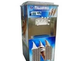 Vende-se uma máquina de sorvete Italianinha semi nova