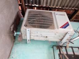 Ar-condicionado funcionando bem
