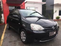 Toyota Etios XS 1.3 Completo (2013)