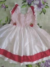 Vestido da moranguinho Tam 1a 2 anos de cetim