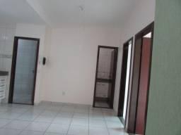 Apartamento com 2 quartos no APARTAMENTO 2/4 - Bairro Vila Rezende em Goiânia