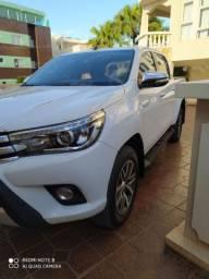 Toyota Hilux SRX Top