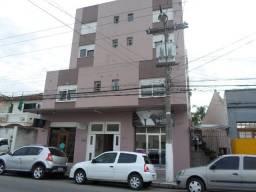 Kitineti ampla, central na Rua Alm. Barroso,próxima ao Supermercado Paraiso