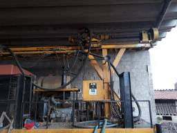 Máquina para perfuração de poço profundo