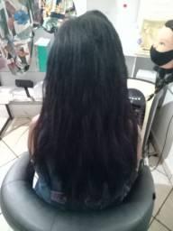 Precisa se de cabeleireira (o)