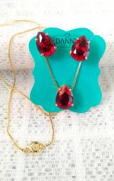 Kit Conjunto Colar + Pingente + Brincos Gota Pedra Vermelha Folheado a Ouro 18k Semijoia