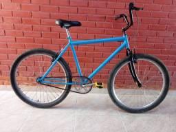 Várias bicicleta novas