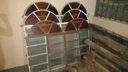 Janelas de ferro usadas com Vidros