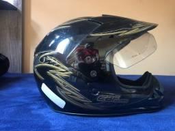 Troco 2 capacete por 1 LS2 ou outro