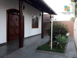 Título do anúncio: Casa com 3 dormitórios à venda, 240 m² por R$ 560.000,00 - São Cristóvão - Sete Lagoas/MG