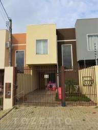 Sobrado para Venda em Ponta Grossa, Jardim Carvalho, 3 dormitórios, 1 suíte, 3 banheiros,
