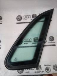 Vidro Fixo Traseiro  lateral direito Gol G2/ G3 / G4 Original VW .