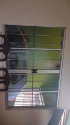 Título do anúncio: Porta e janela de alumínio com grade