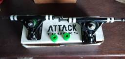 Truck Para Skate Liquid Attack Black Star 160mm 40º