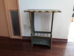 Título do anúncio: Mesa de apoio em estilo barroco mineiro