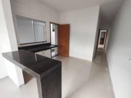 Casa com 2 Quartos, Alto Acabamento, Nova, Pronta para Morar - St. Grajau