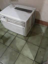 Vendo ar-condicionado no estado